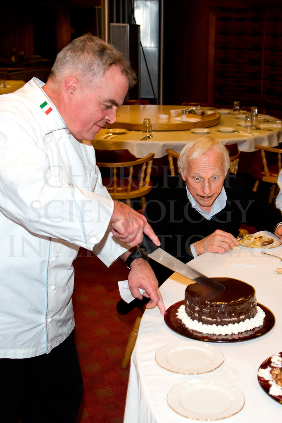 Master Pastry Chef of Gold with Ron Miscavige and his cake