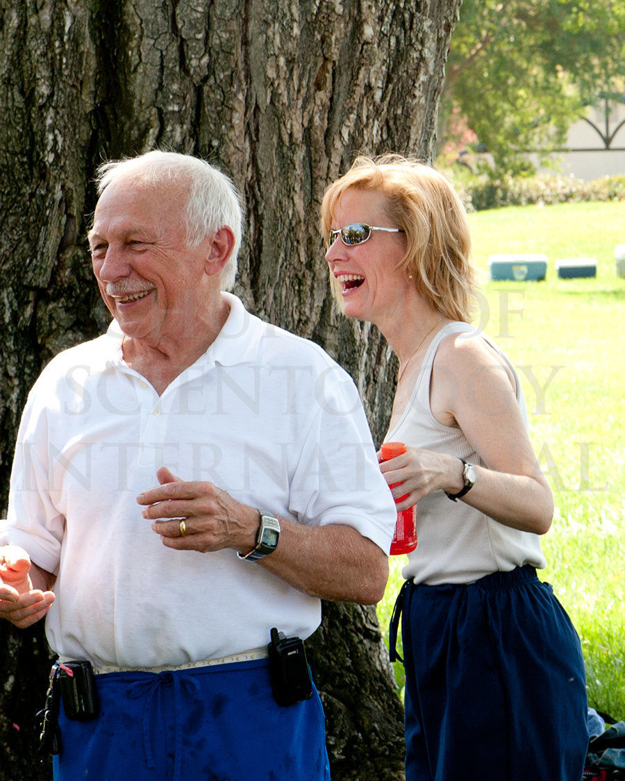 ron-miscavige-and-becky-picnic-golden-era