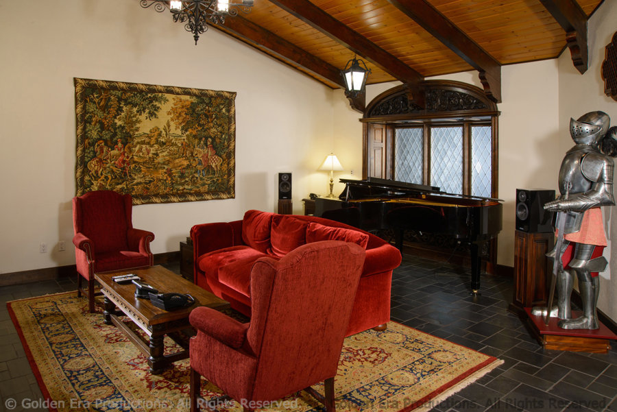 Lounge, Music Studio, Golden Era